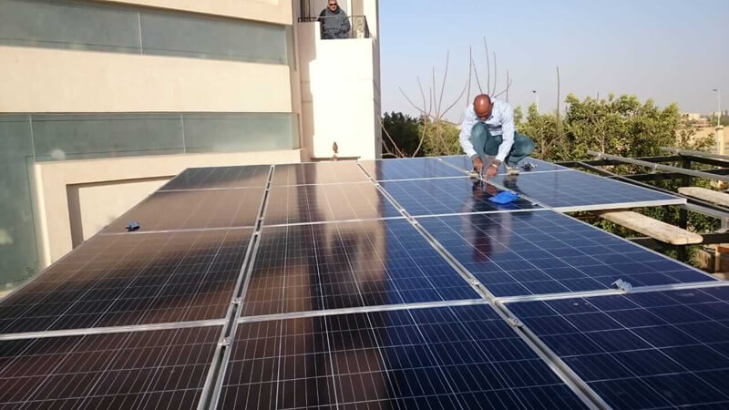 تركيب-محطات-طاقة-شمسية-في-مصر